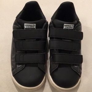 Adidas Stan Smith toddler shoes, size 10